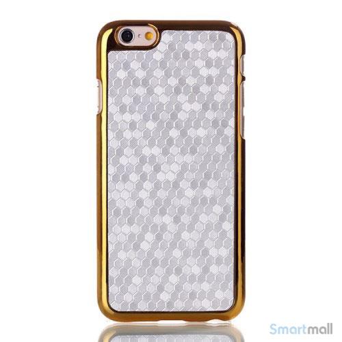 Eksklusivt cover til iPhone 6 med moenstret læderbelaegning - Soelv