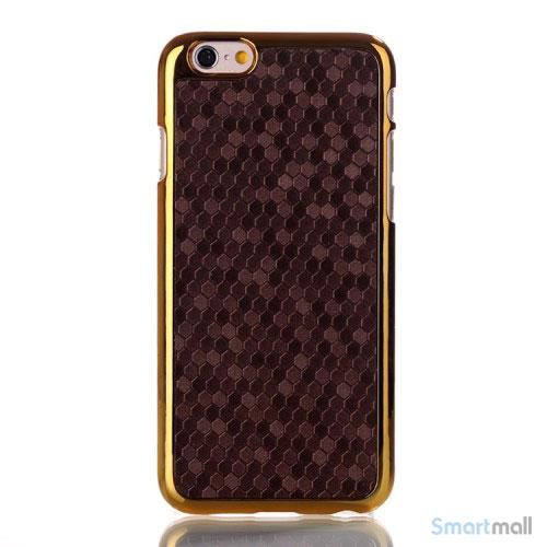 Eksklusivt cover til iPhone 6 med moenstret laederbelaegning - Brun