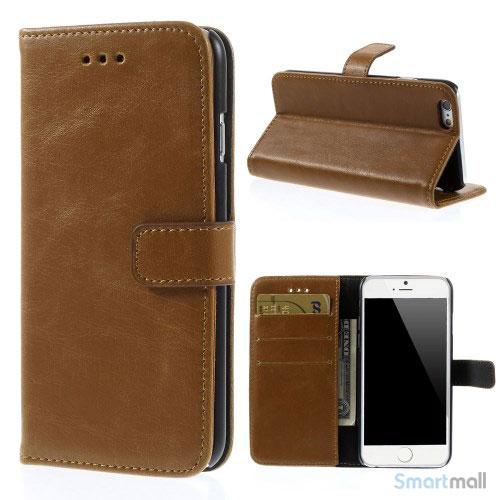 Klassisk laederpung til iPhone 6 med plads til tre kreditkort - Brun