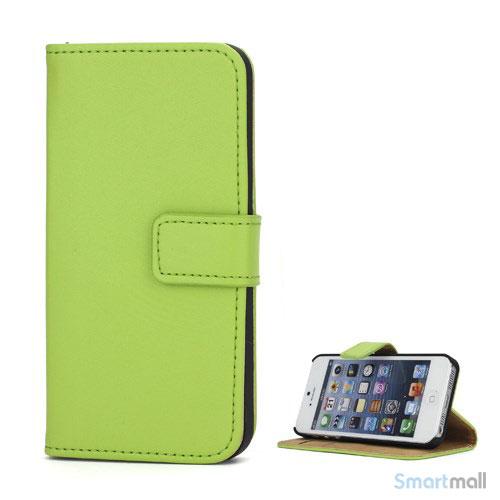 Klassisk pung i aegte laeder til iPhone 5 og 5s - Groen