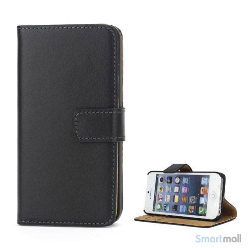 Klassisk pung i ægte læder til iPhone 5 og 5s - Sort