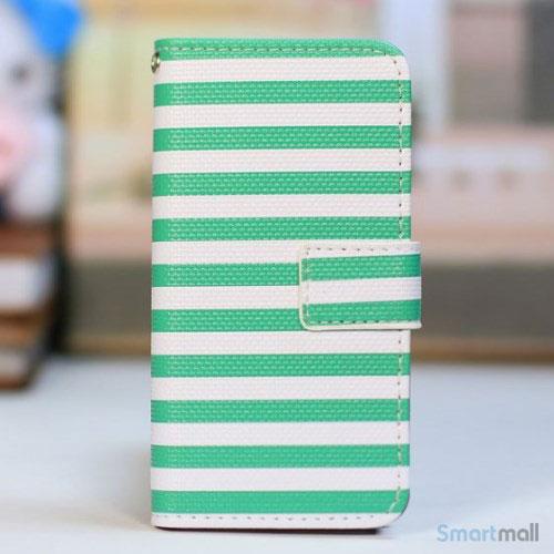 kombineret-laederpung-og-hardcase-for-iphone-5-5s-groen-striber-hvid