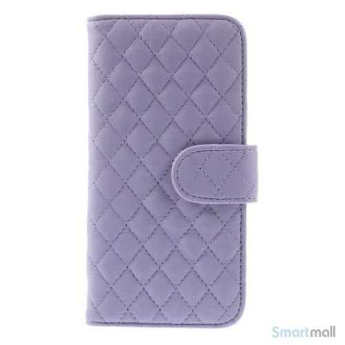 Laekker feminin iPhone 6 pung i tykt laeder med rhombe-syninger - Lilla