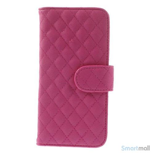 Laekker feminin iPhone 6 pung i tykt laeder med rhombe-syninger - Rose