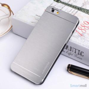 MOTOMO cover til iPhone 6 i slidstaerkt boerstet aluminium - Soelv2