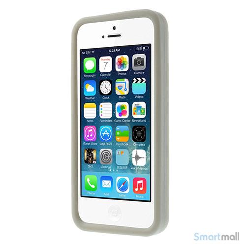 sjovt-nintendo-inspireret-silikone-cover-til-iphone-5-og-5s-graa2