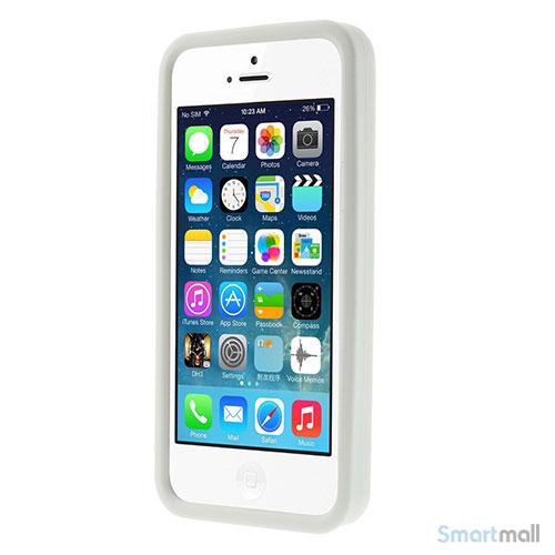 sjovt-nintendo-inspireret-silikone-cover-til-iphone-5-og-5s-hvid2