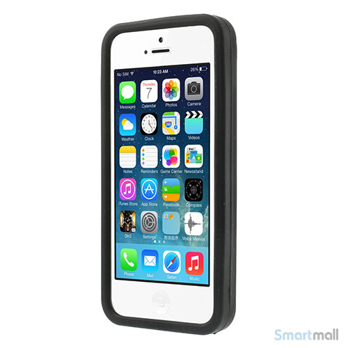 sjovt-nintendo-inspireret-silikone-cover-til-iphone-5-og-5s-sort2