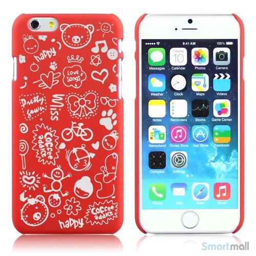 Soedt cover til iPhone 6, dekoreret med smaa cartoons - Roed