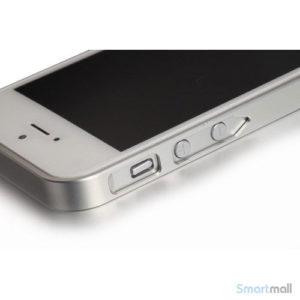 stilren-bumper-i-aluminium-til-iphone-5-og-5s-soelv7