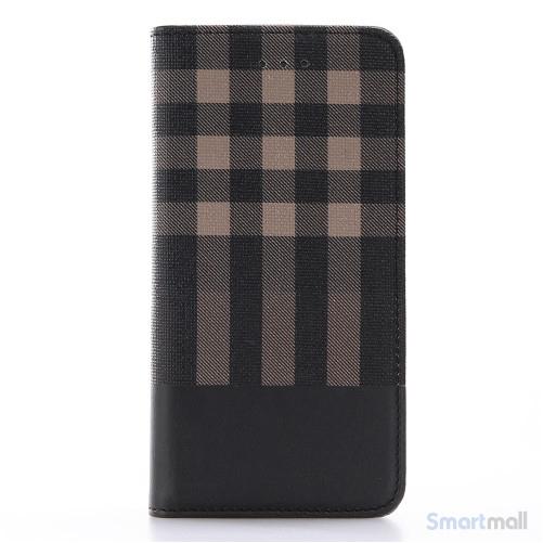 Læderpung i ternet design m/kortholder til iPhone 7 - Brun