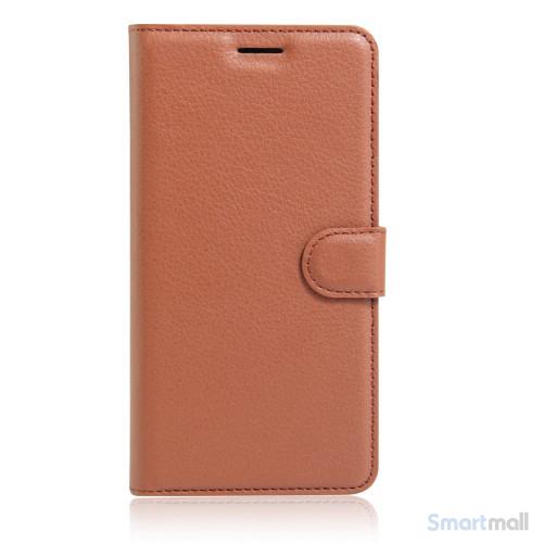 Litchi lædercover i flot klassisk design m/kortholder til iPhone 7 Plus - Brun