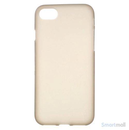 TPU-Cover i simpelt mat design til iPhone 7 - Grå