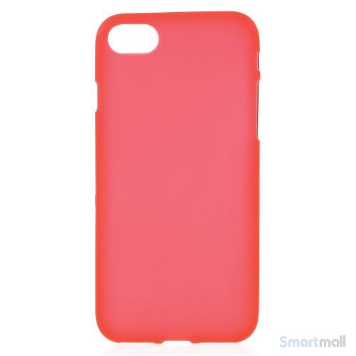 TPU-Cover i simpelt mat design til iPhone 7 - Rød